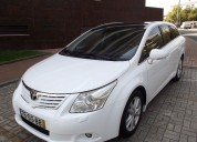 Toyota avensis sw 2.0 d-4d exclusive 7000€