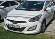 Hyundai i30 1.4 crdi active 6100€