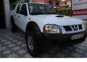 Nissan pick up 2.5 td  € 6500