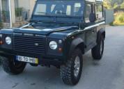 Land rover defender 90 td5 3000€