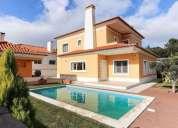 Fabulosa moradia com piscina para arrendamento situada em volta da pedra palmela